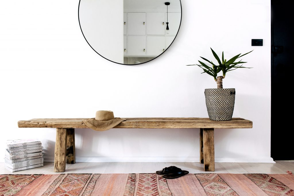 RE-CREATE THE LOOK: 5 MINIMAL OVERSIZED ROUND MIRROR ENTRYWAYS. Modern contemporary entryway, round mirror entryway, Bohemian entryway, black round mirror, rustic bench. Hey, Djangles. heydjangles.com. Photo credit: Jillian Dinkel.