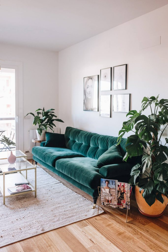 BOHO STYLE: THE GREEN VELVET SOFA - 6 STYLISH OPTIONS - Hey ...
