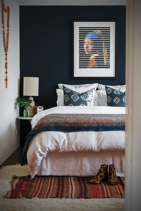 5 SWOON-WORTHY MOODY BLUE BEDROOMS YOU CAN RE-CREATE TODAY (and how-to!) - heydjangles.com - Moody blue bedroom design ideas and inspo + how to re-create the look at home, including this gorgeous design by Jojo Humes Brown. #colorinspo #bedroomideas #bluebedroom
