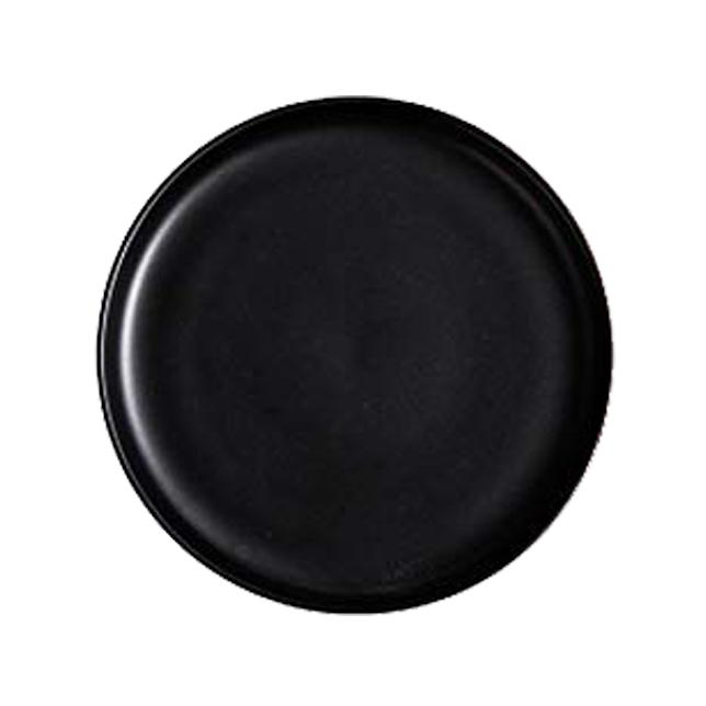 black plate