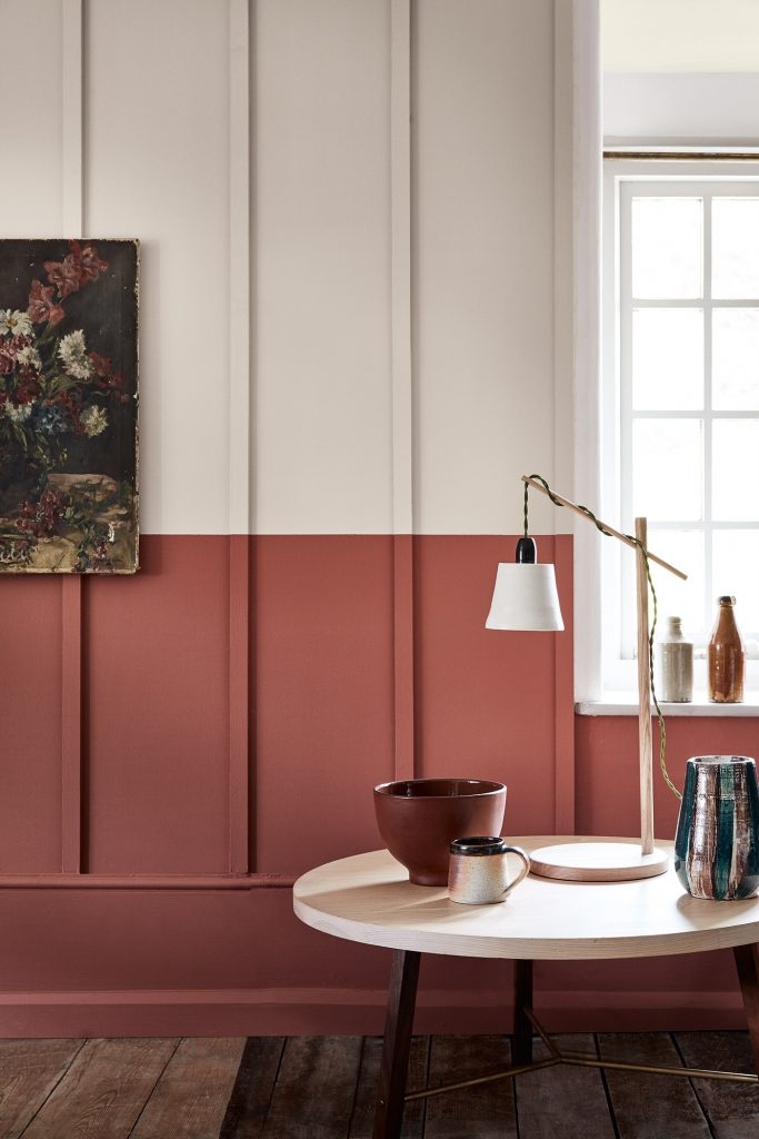 TREND: COLOR BLOCKED WALLS & DIPPED DECOR - heydjangles.com, feminine Scandinavian inspired dining space with blush and white color-blocked, half-painted walls. For more color blocked wall ideas, check out our latest post. Image: Vtwonen