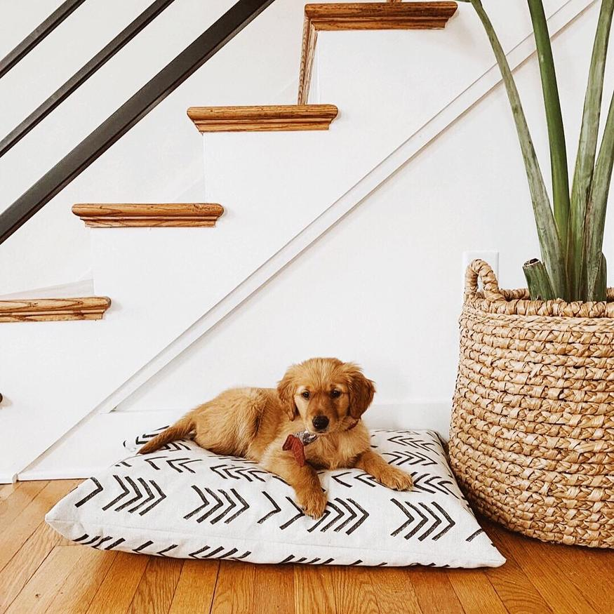 17 Stylish Boho Dog Beds You & Your Fur Kids Will Love - Mudcloth dog bed from The Foggy Dog.