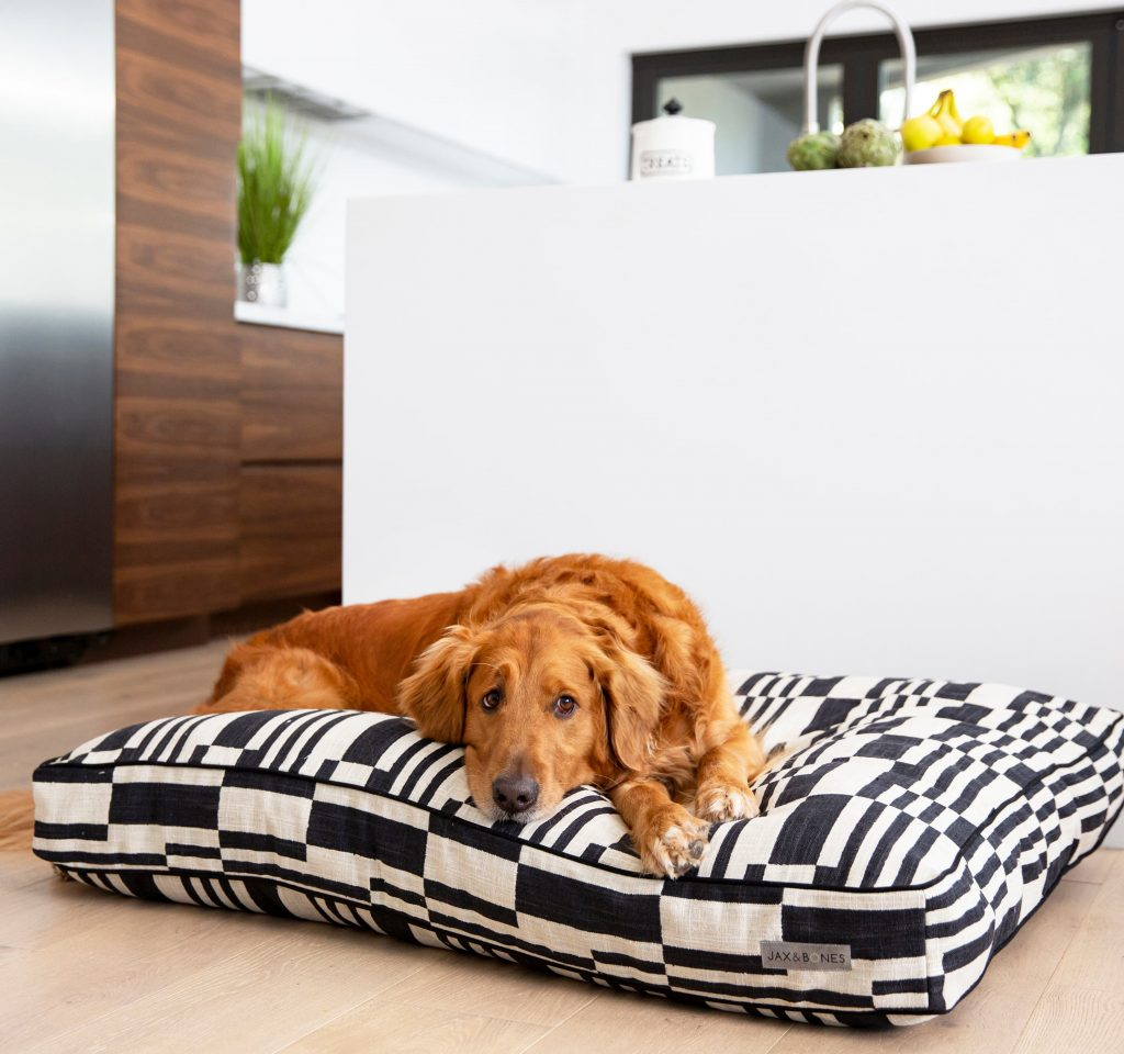 17 Stylish Boho Dog Beds You & Your Fur Kids Will Love - Mudcloth Dog Bed, Golden Retriever.