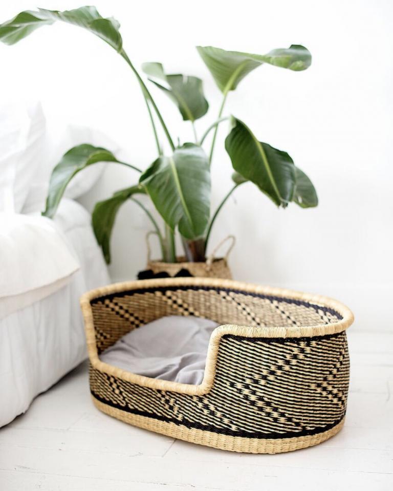 Above: Handmade Woven Dog Bed Basket from Zuri Rose & Co (Etsy) - Image via @zurirose_co.