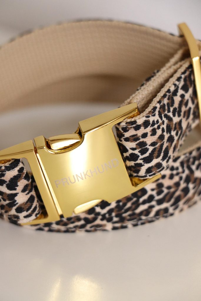 Designer Leopard Dog Collar from Prunkhund via Etsy (Image via Prunkhund)
