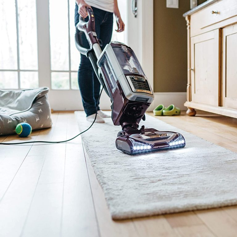 Best pet hair remover for carpet - Shark Rotator LiftAway TruPet Upright Vacuum via Amazon.