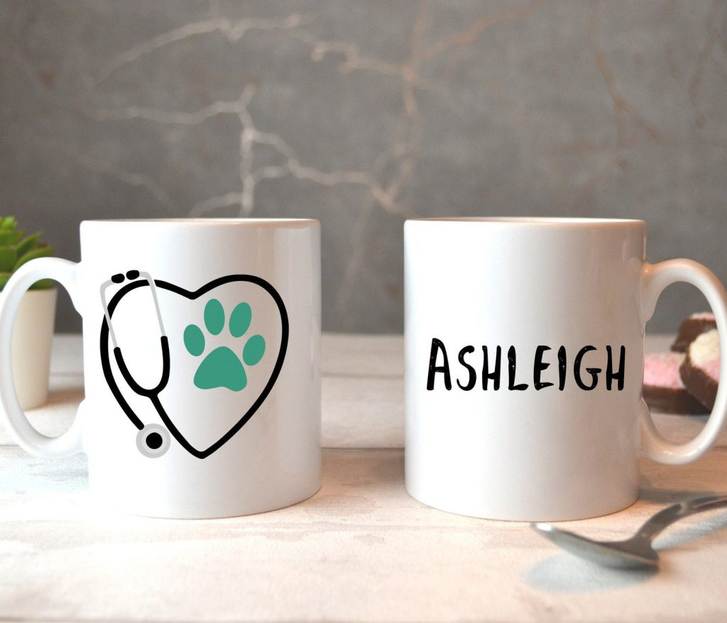 27 Awesome Veterinarian Gift Ideas - personalized Vet mug, via Etsy.