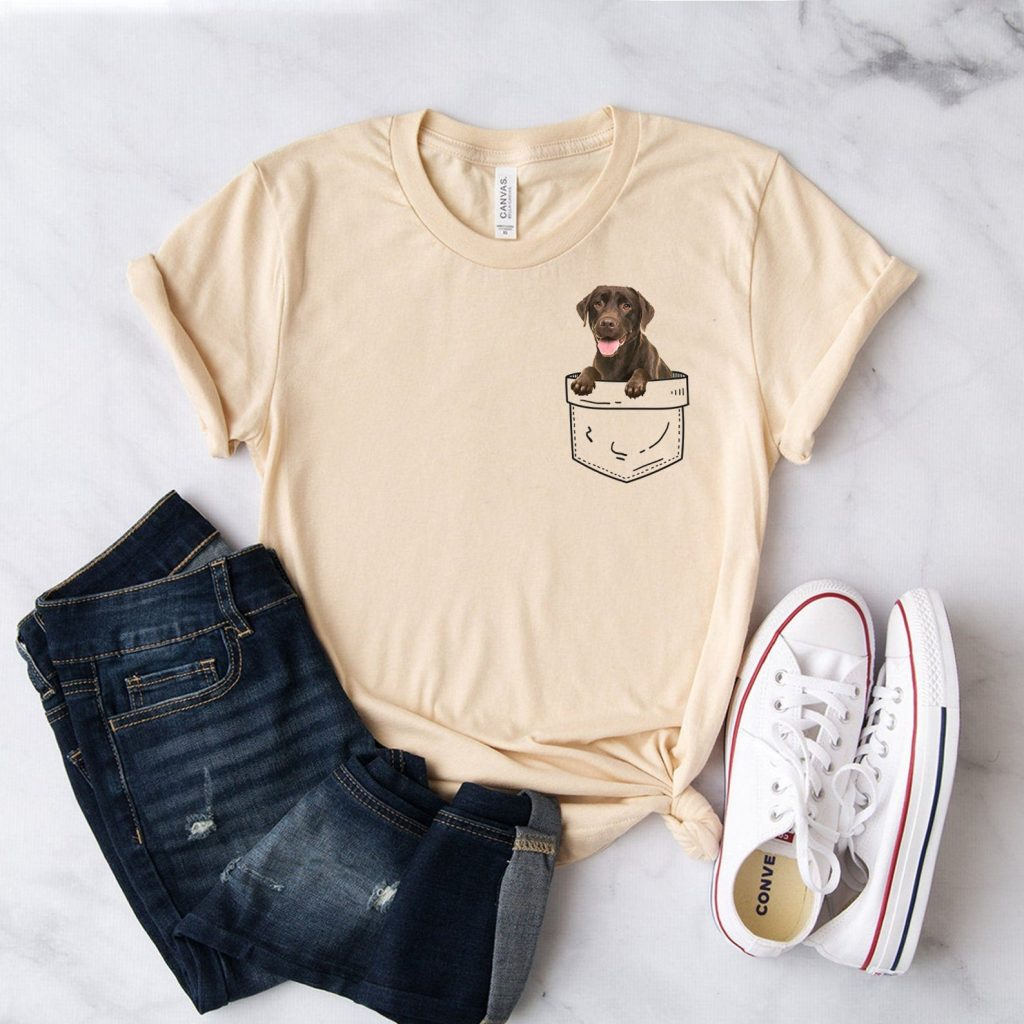 Chocolate Labrador Tshirt via Etsy