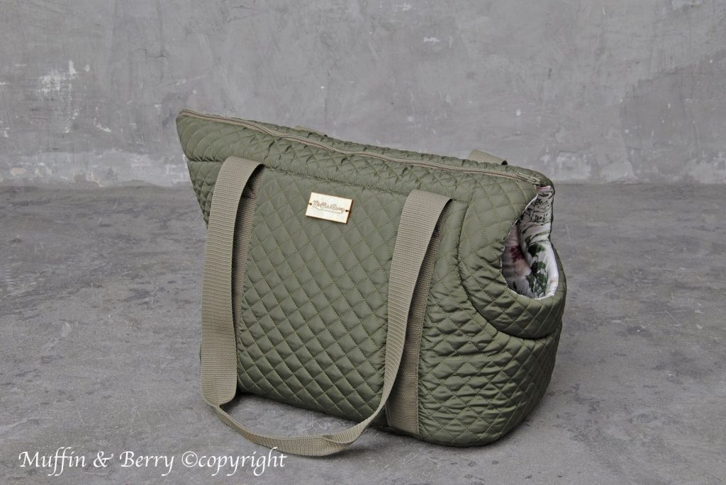 Muffin and Berry (Etsy) 'Dorothy' Pet Carrier