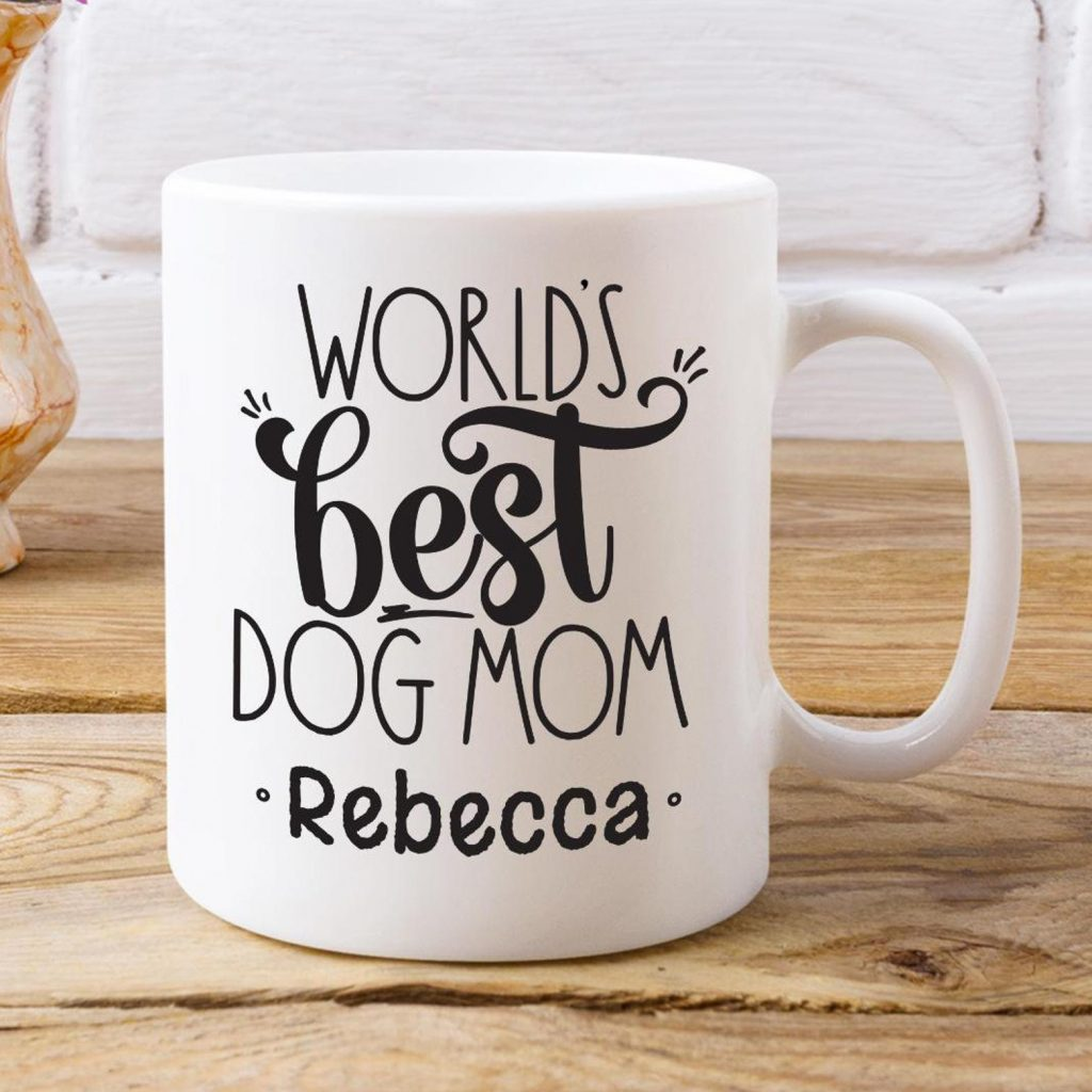 World's Best Dog Mom Personalized Mug (MuGGShotsDesign - Etsy)
