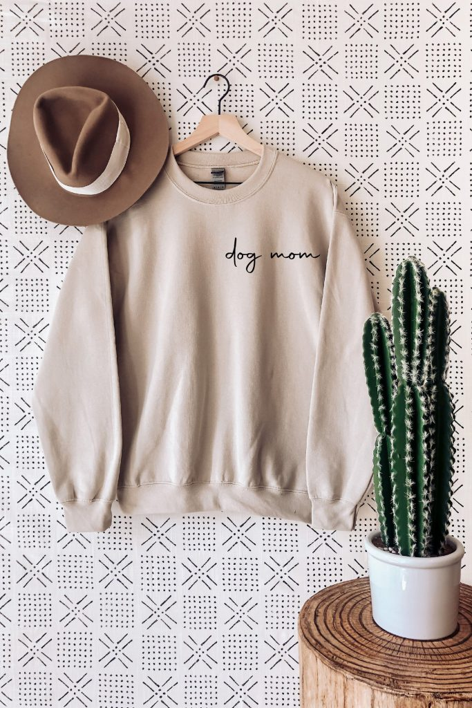 30 Cute Mother's Day Gifts From The Dog - feat. Dog Mom Sweatshirt (via Silky Touch by Andrea - Etsy)