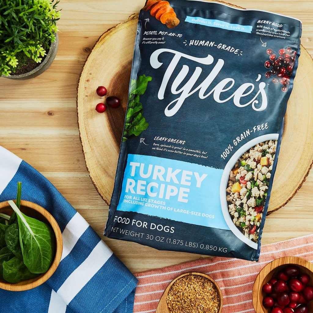 Tylee's Human-grade Fresh Food for Dogs - Image via Chewy.