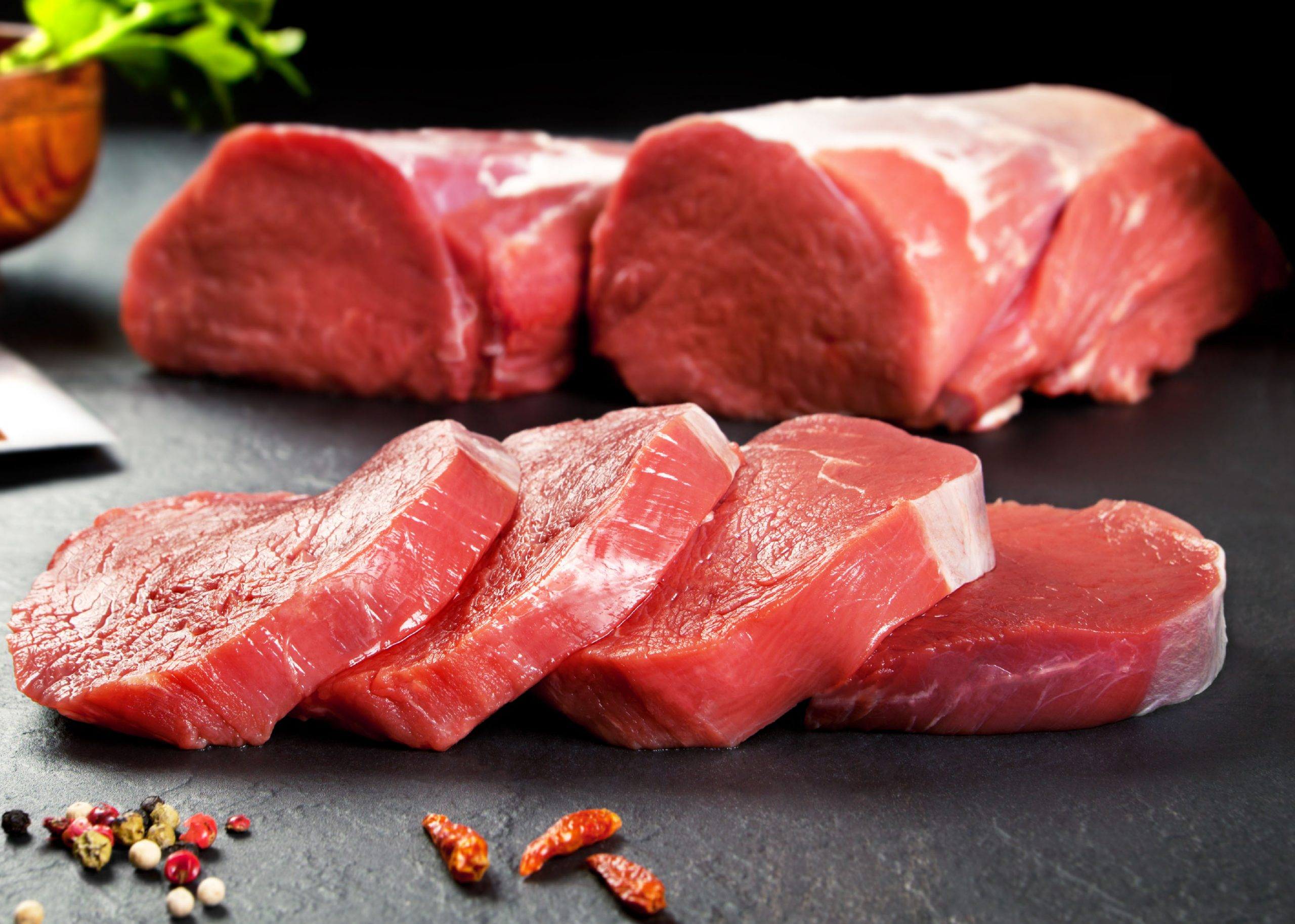 10 Foods That Give Dogs Gas - Too much red meat